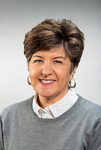 Carolyn Lavin